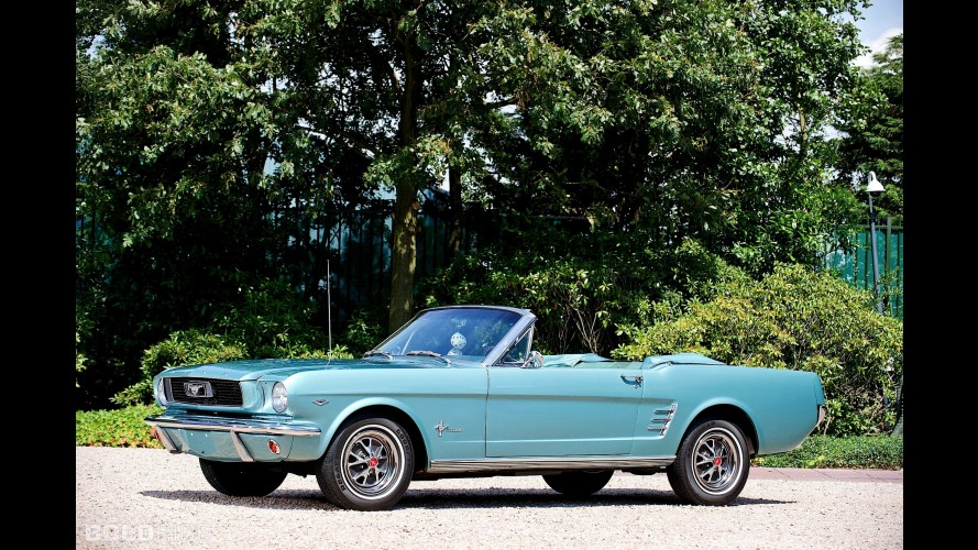 Ford Mustang 289 Convertible