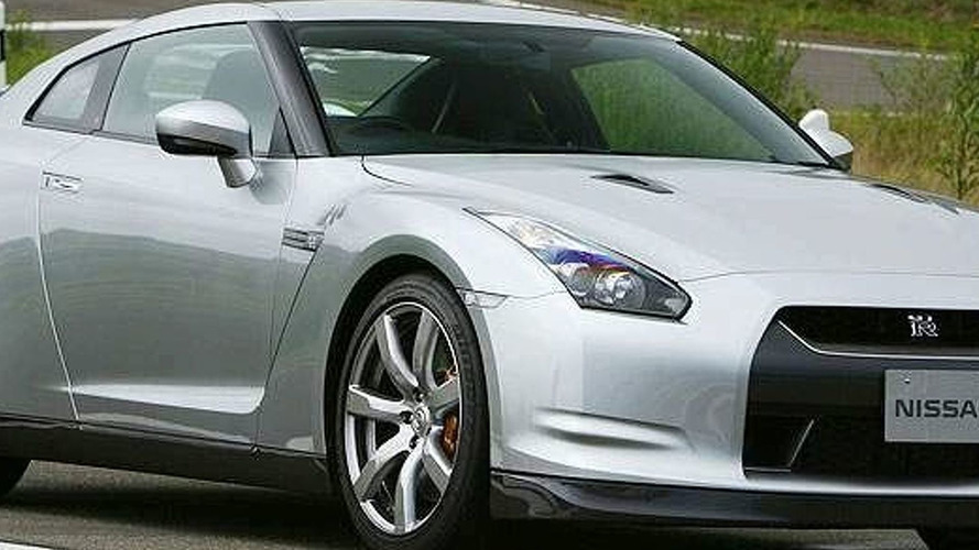 Leaked: Nissan GT-R Uncovered