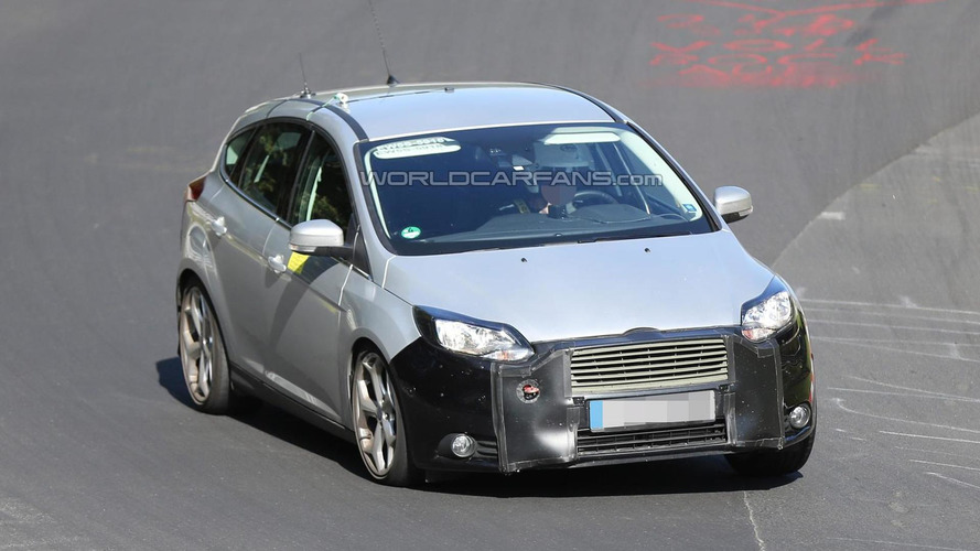 Ford Focus and Focus ST facelift spied undergoing testing