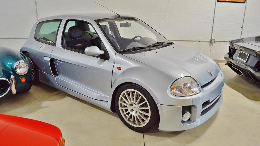 une renault clio v6 vendre aux tats unis. Black Bedroom Furniture Sets. Home Design Ideas