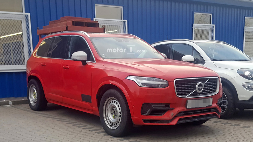 What exactly is this Volvo XC90 test mule hiding?
