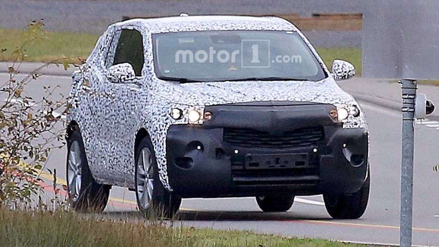 Opel Mokka X Spy Photos