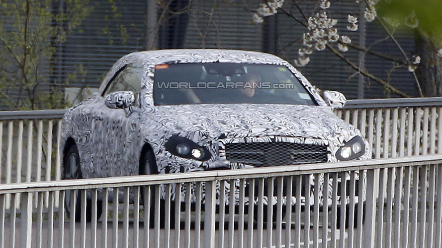 Mercedes C-Class Convertible spied, could be unveiled next year