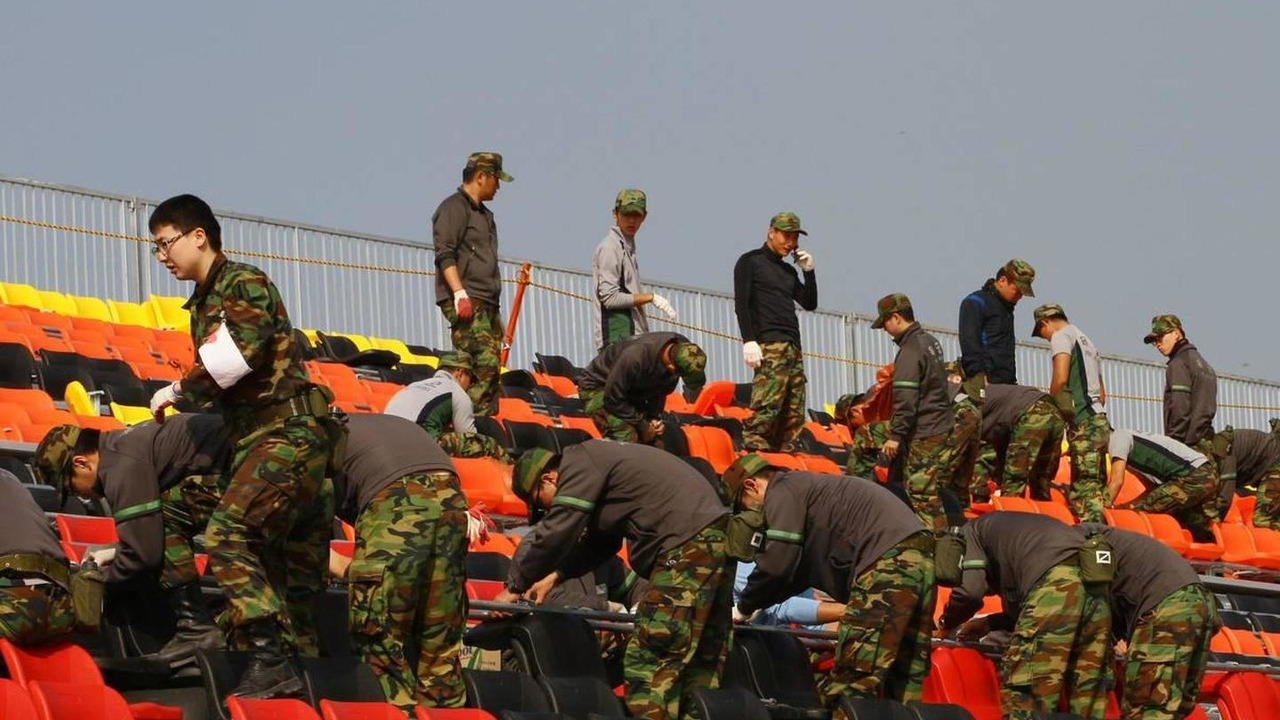 Army working on the grandstands - Formula 1 World Championship, Rd 17, Korean Grand Prix, 22.10.2010 Yeongam, Korea
