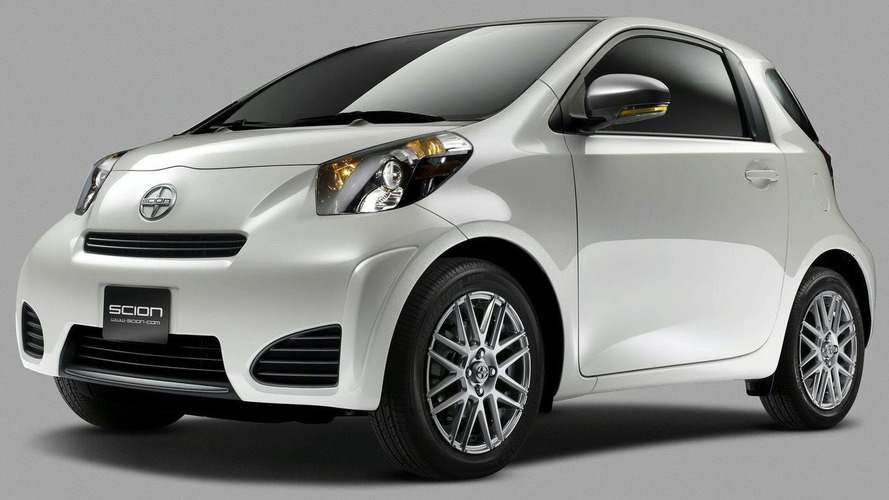2011 Scion iQ New Model Revealed in New York