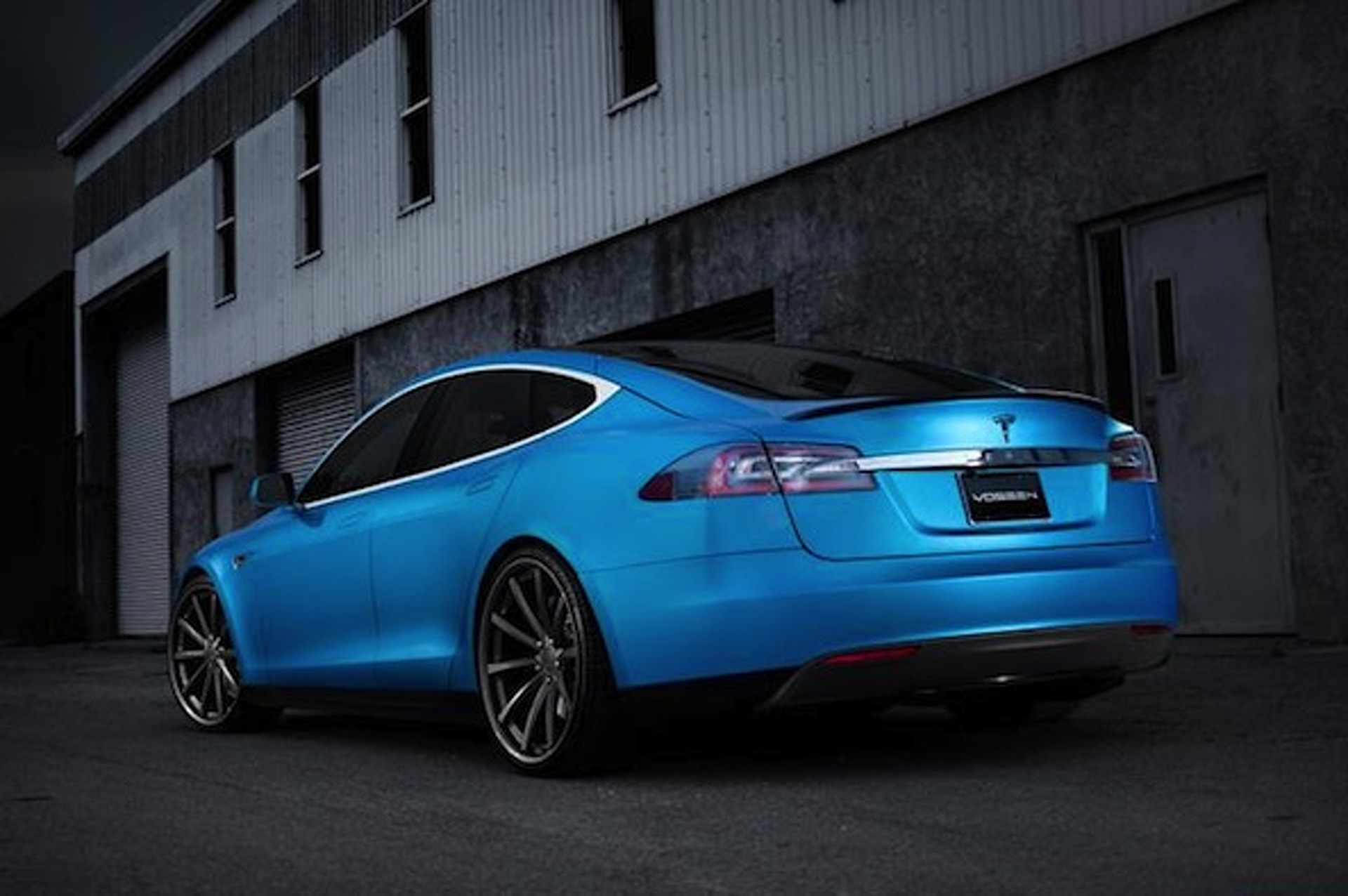 Vossen Dolls up the Tesla Model S [w/video]