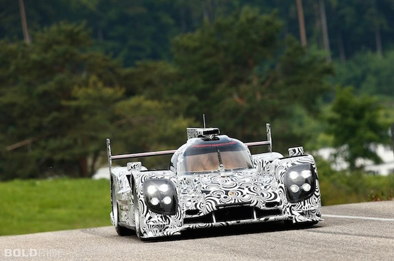 Porsche LMP1 Preps for Le Mans