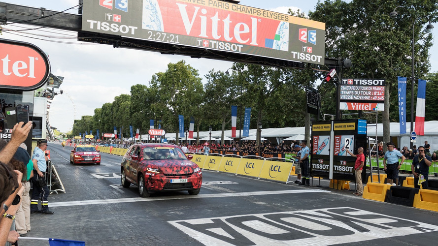Skoda Kodiaq shows up  during final round of Tour de France
