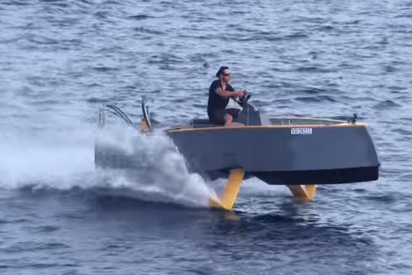 See The HY-X Hyrdofoil That Could Replace Your Fancy Yacht