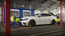 Dealership employees ravage a Mercedes C63 AMG Black Series Coupe [video]