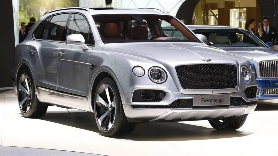 Bentley Bentayga V8 Gasoline at the 2018 Geneva Motor Show