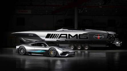 225-tel hasít vízen a Mercedes-AMG Project One inspirálta motorcsónak