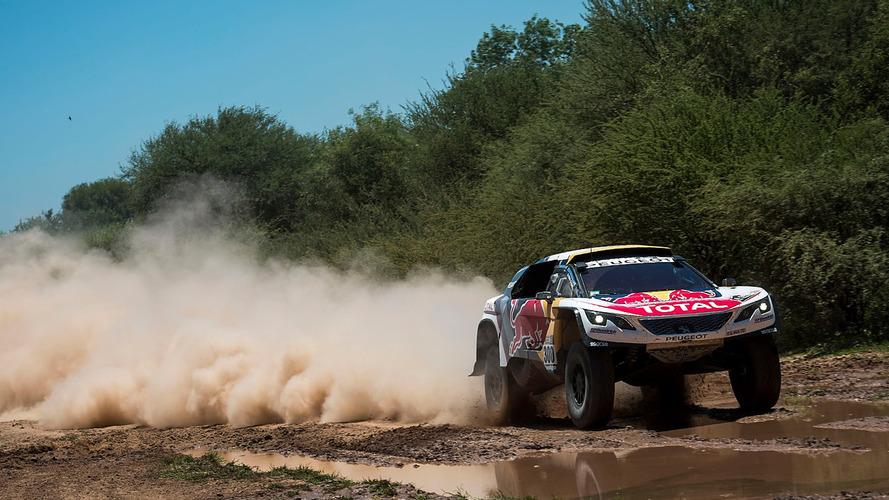 Dakar – 7e étape – Le duel Peterhansel-Loeb se profile chez Peugeot