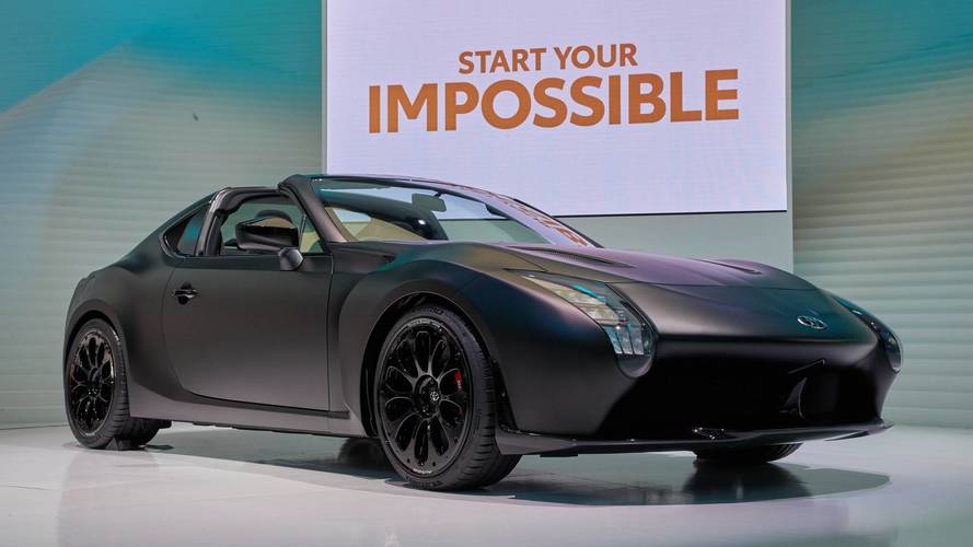 Le Mans-i technológiával debütált a Toyota GR HV Sports tanulmány