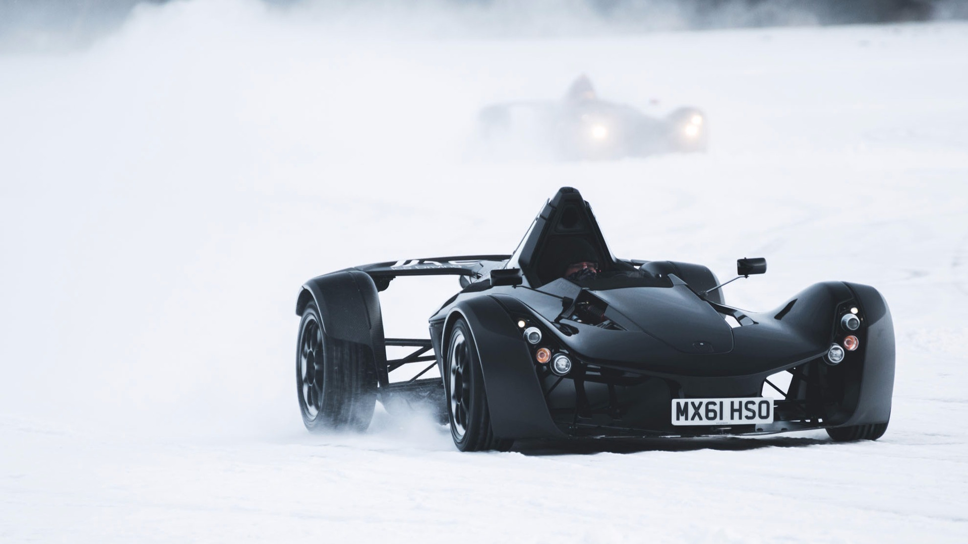 watch bac mono supercars do their ice scraper impressions in sweden. Black Bedroom Furniture Sets. Home Design Ideas