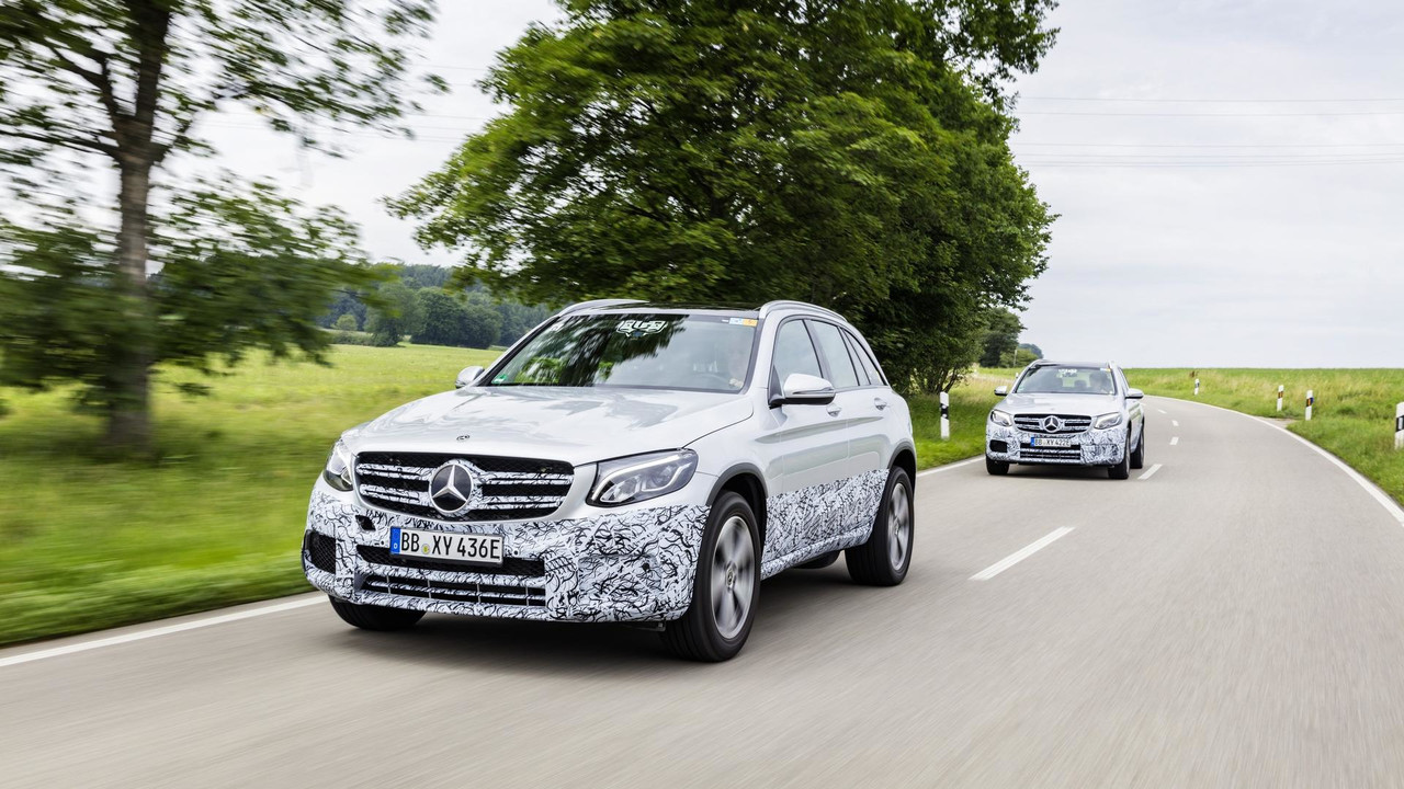 2018 Mercedes GLC F-Cell preview
