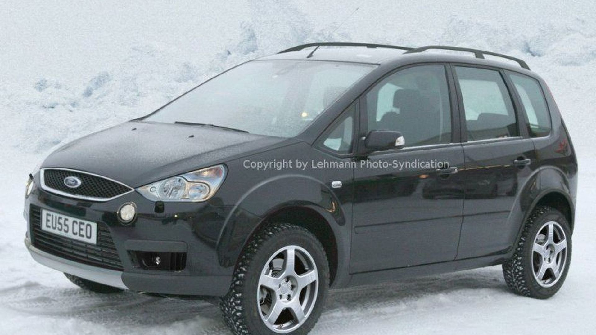ford c max goes cross country. Black Bedroom Furniture Sets. Home Design Ideas
