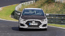 New Hyundai Veloster spy photos