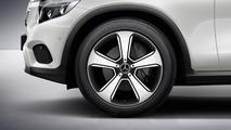 Mercedes-Benz GLC gains genuine accessories