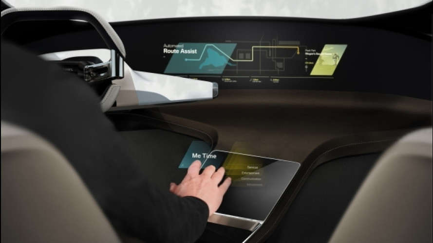 """BMW HoloActive Touch, il touch screen diventa """"virtuale"""""""