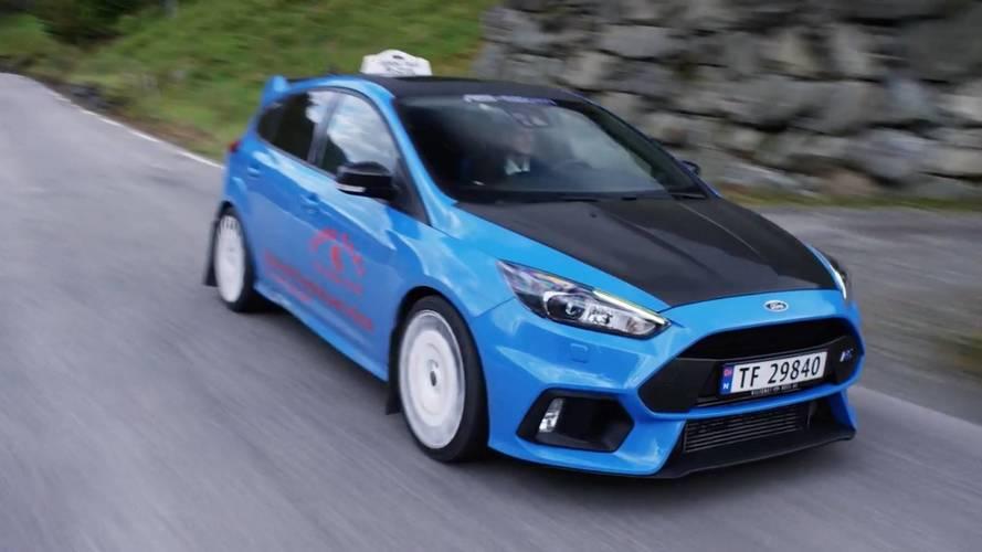 Ford Focus RS'i taksi yapan Norveçli taksici ile tanışın