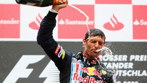Red Bull ready to extend Webber's contract