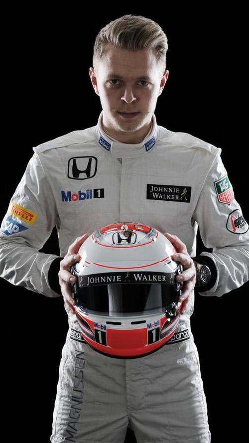 'Upset' Magnussen eyes Indycar 'option'