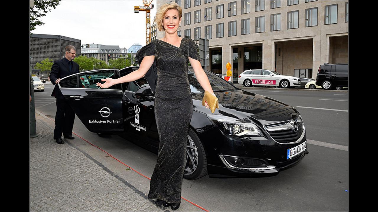 Wolke Hegenbarth: Opel Insignia (VIP-Shuttle)