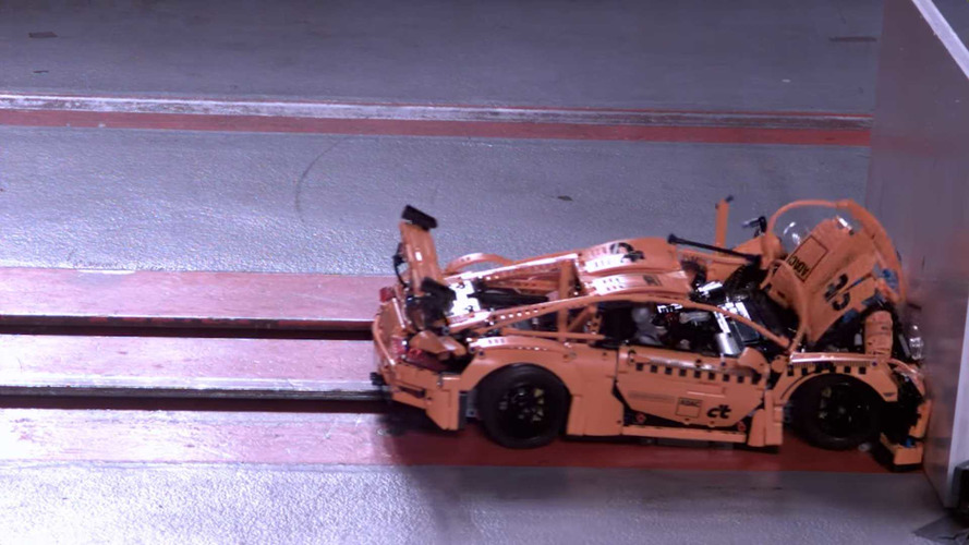 Lego Porsche 911 GT3 RS Crash Test