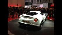 Direto de Genebra: 4C é o resgate do espírito Alfa Romeo