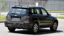2012 Mercedes GLK facelift spy photo - 4.7.2011
