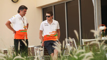 Paul di Resta (right) at Bahrain Grand Prix, 19.04.2012
