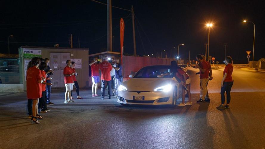 Tesla Model S 100D menzil rekoru kırdı