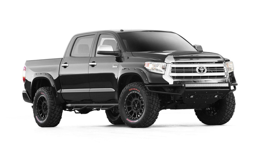 Jesse James & Chef Tim Love create a Toyota Tundra BBQ for SEMA