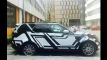 Flagra: interior do novo Land Rover Discovery 5 aparece pela 1ª vez