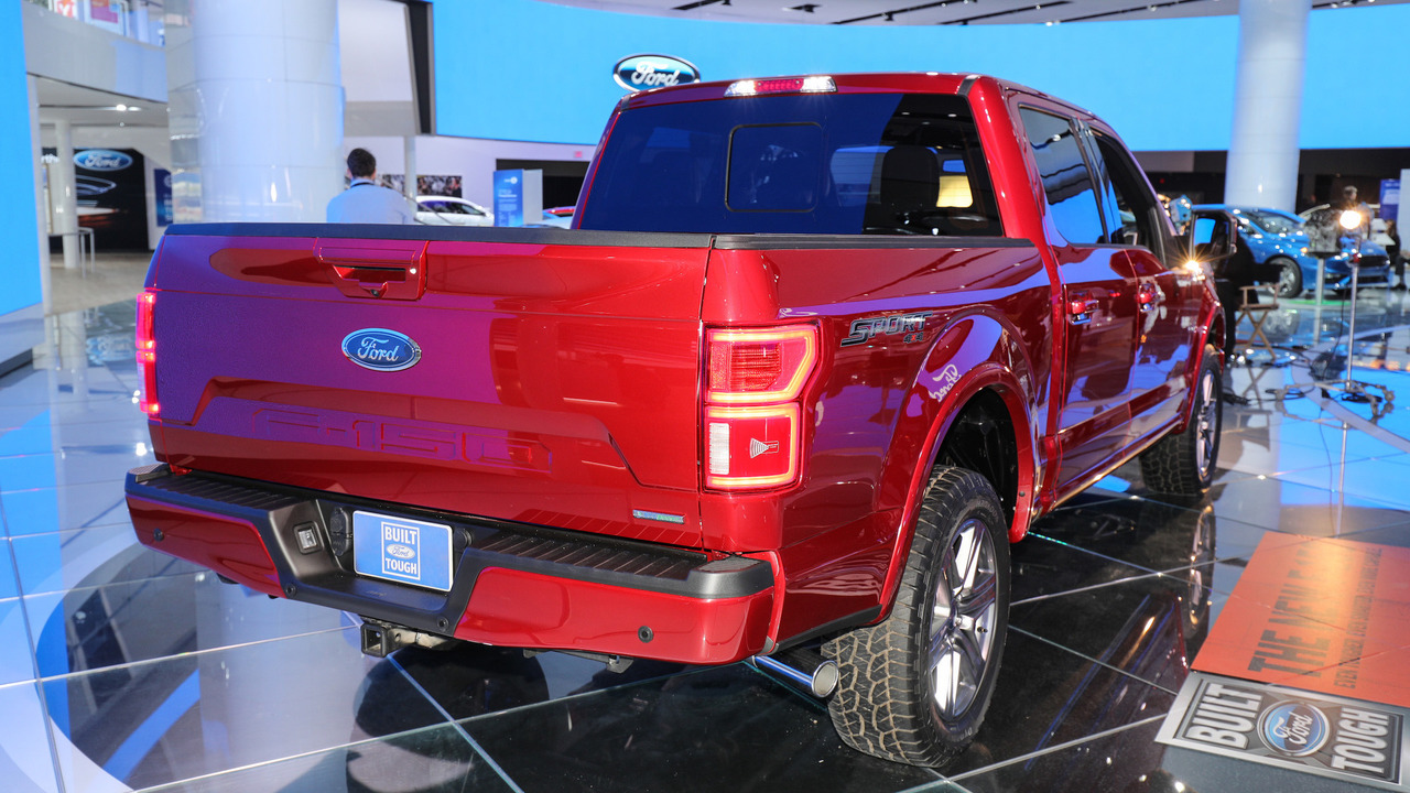 ford f series is america 39 s best selling truck 40 years in. Black Bedroom Furniture Sets. Home Design Ideas