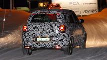 Fiat 500L photos espion