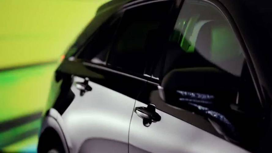 Cadillac XT4 Teaser Photos