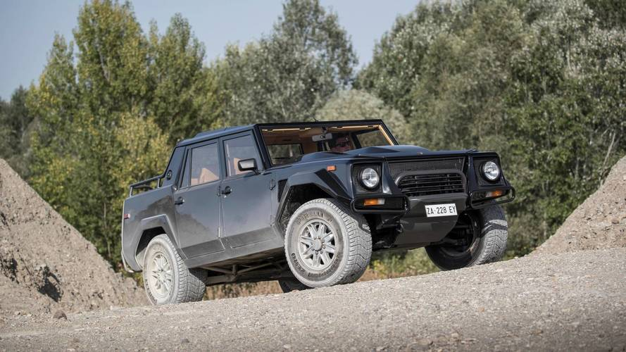 LM002'yi anan Lamborghini, Urus'u 4 Aralık'ta tanıtacak