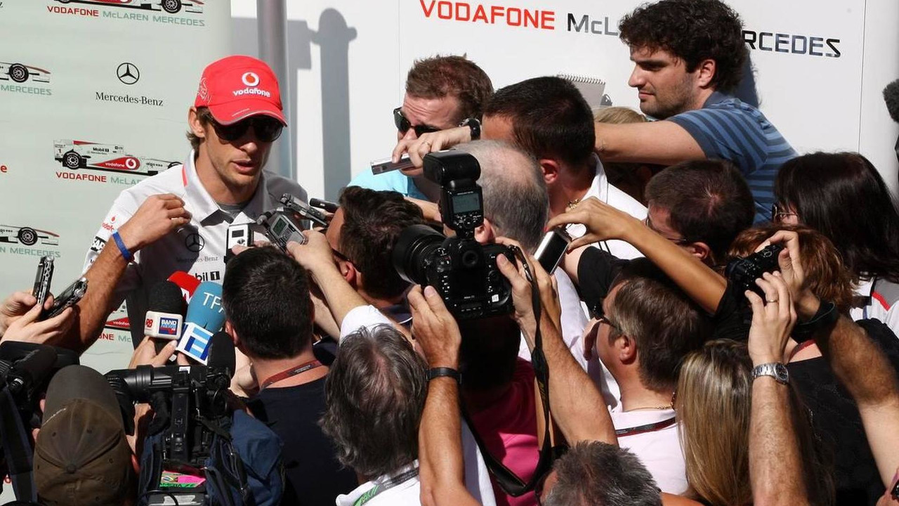 Jenson Button (GBR), McLaren Mercedes talks to the media after an attempted armed robbery on his car - Formula 1 World Championship, Rd 18, Brazilian Grand Prix, 07.11.2010 Sao Paulo, Brazil