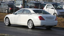 2010 Mercedes S-Class Facelift Spy Photo