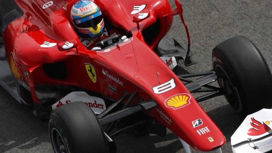 Fisi tests F10 as Button ponders 'unusual' Ferrari slump