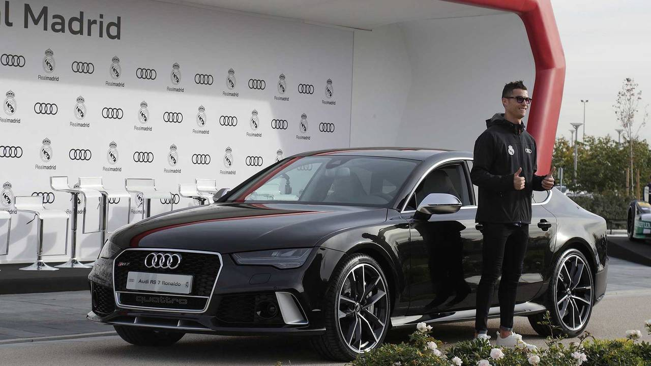 Cristiano Ronaldo (#7) - Audi RS 7 Sportback performance
