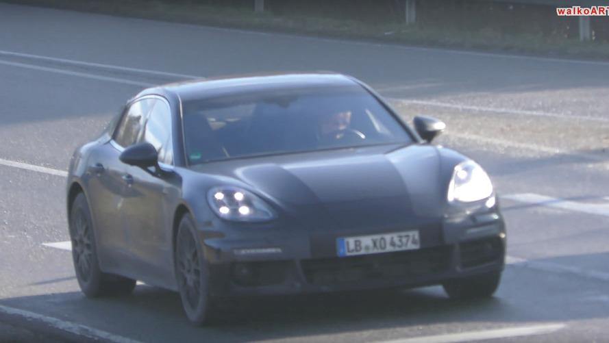 VIDÉO - La Porsche Panamera Coupé en balade