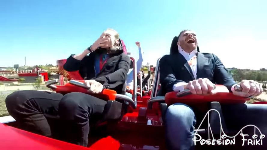 Ferrari roller coaster'ındaki adama güvercin çarptı