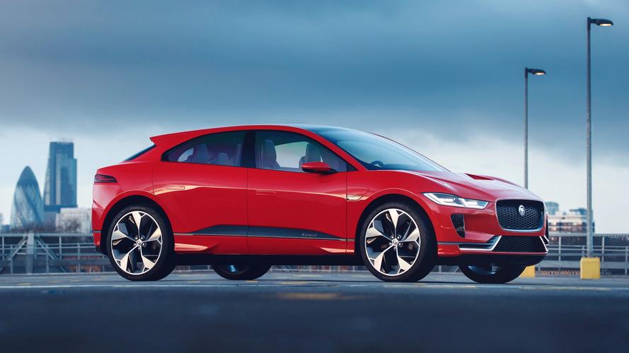 Jaguar I-Pace Concept veste vermelho para sua estreia na Europa