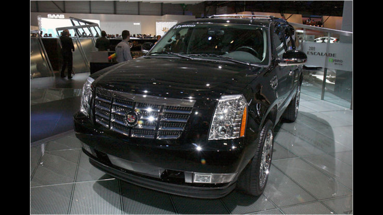 Cadillac Escalade Hybrid: Der Escalade Hybrid ist die erste Kombination eines großen SUV mit Hybridantrieb