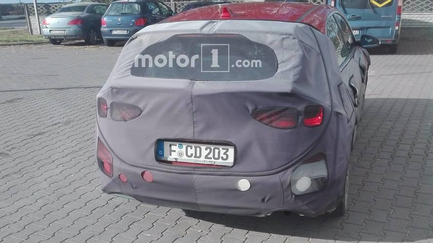 Kia cee'd 2018, fotos espía de un lector de Motor1.com