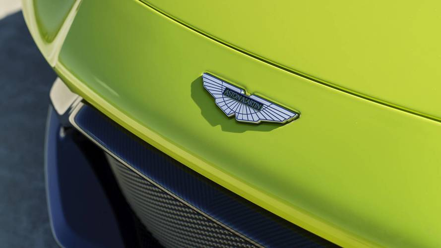 Aston Martin stock market listing set to go ahead