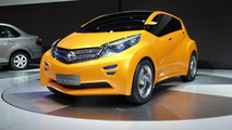 Dongfeng Nissan Viwa Concept at 2013 Auto Shanghai
